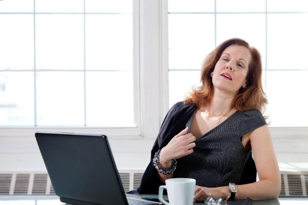 vampate di calore in menopausa, come gestirle saperedonna.it